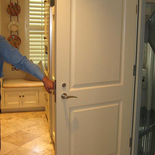 emergency door repair